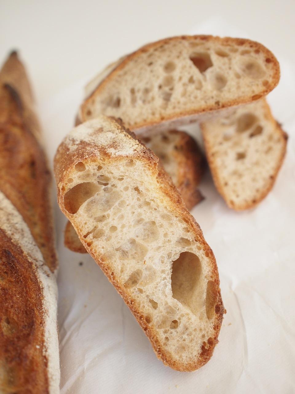 大阪で大人気のパン。_c0175022_950331.jpg