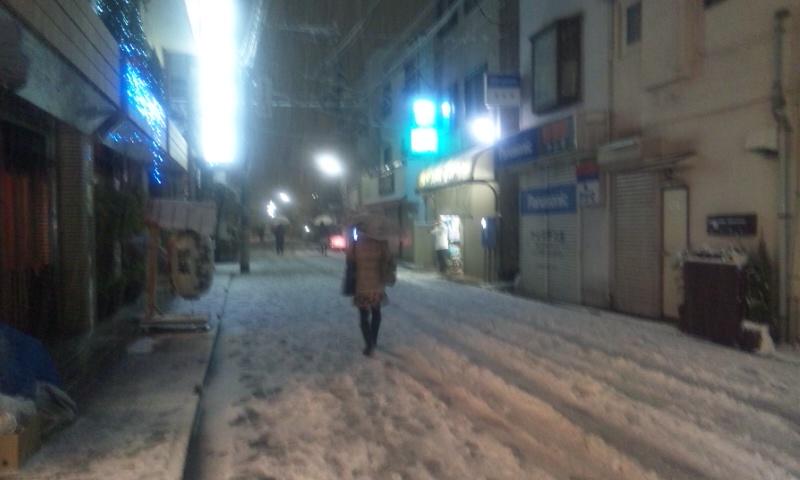 雪の降る街を〜_b0019333_23515312.jpg
