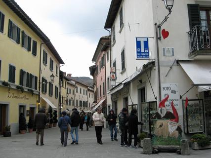 温泉の町、Bagno di Romagna _f0234936_7212557.jpg