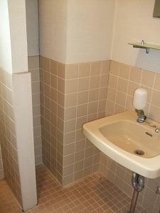 トイレのお客様_e0189870_12113299.jpg
