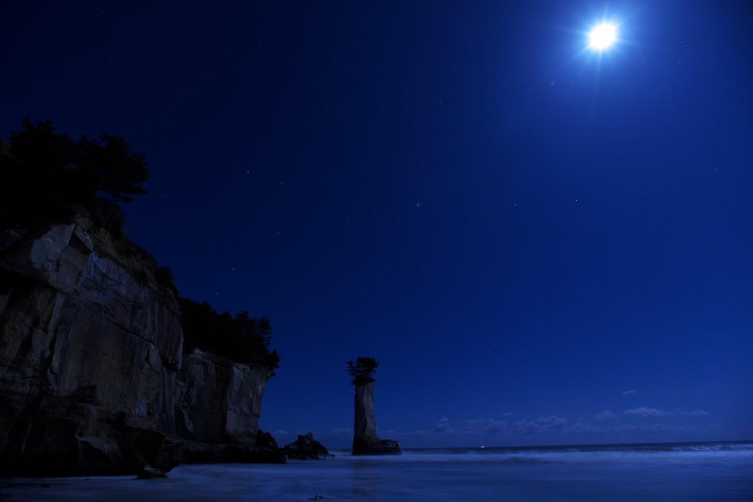 この海岸、どこか変だ…_b0191074_141928100.jpg