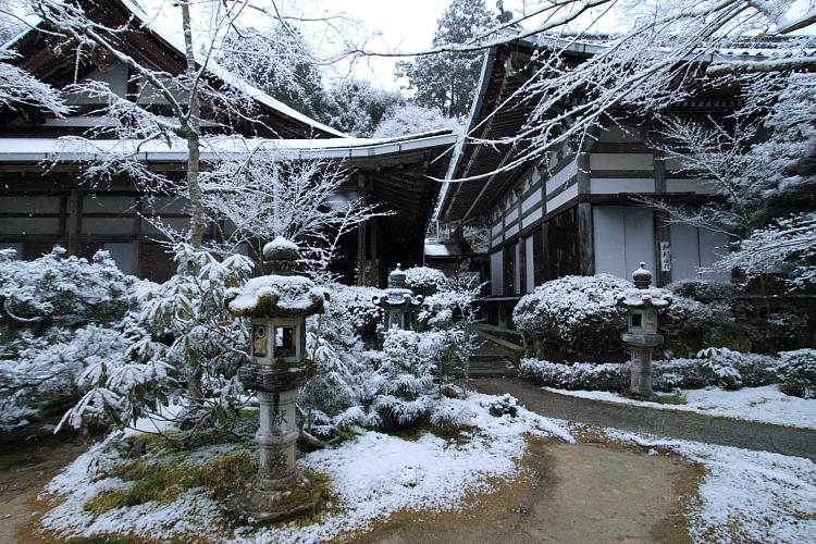 雪の西明寺_e0051888_429383.jpg