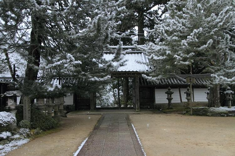 雪の西明寺_e0051888_432163.jpg