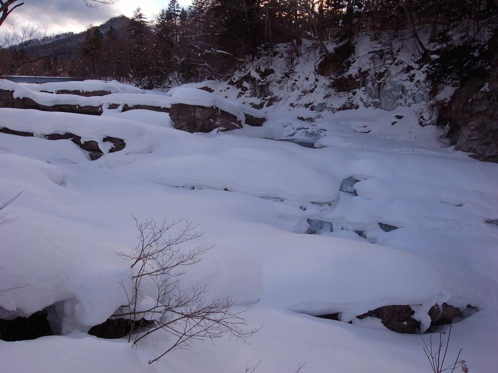 三段の滝_f0138096_1193729.jpg