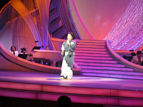 NHK歌謡コンサート・酒慕情_b0083801_2227463.jpg