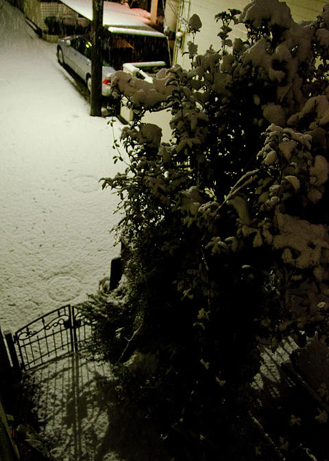 降雪、高速道、虹_c0002682_20184334.jpg