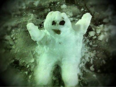 哀行特製雪だるま!!_d0155385_120161.jpg