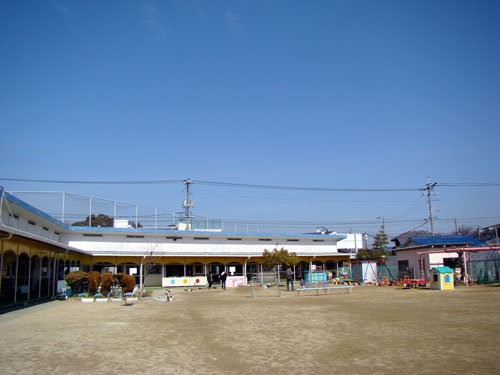 広島市立三筋保育園_a0047200_16562616.jpg