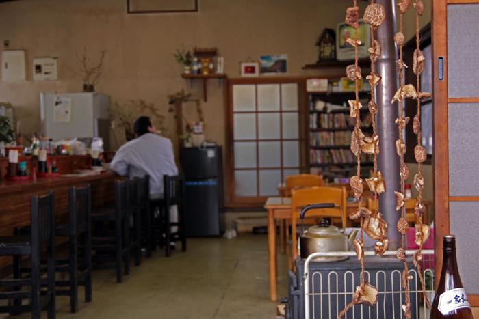 みんなの食堂_e0180823_23445214.jpg