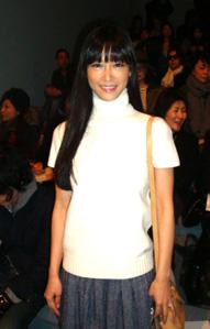 2011秋冬NYコレ6日目 エルベ+マークバイ+ティビに女優陣!_c0050387_16282052.jpg