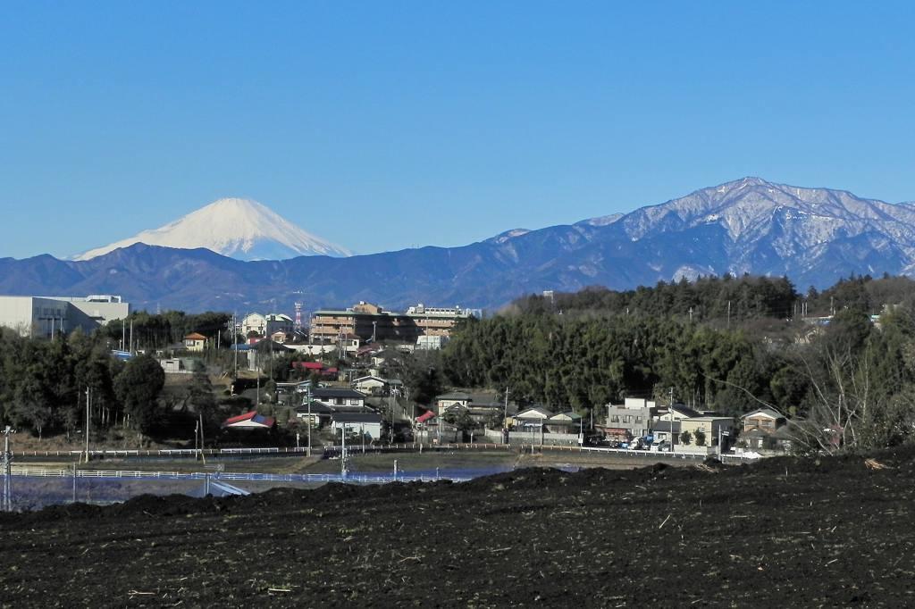 メタリックカラー/銀世界の富士山_b0024798_622230.jpg