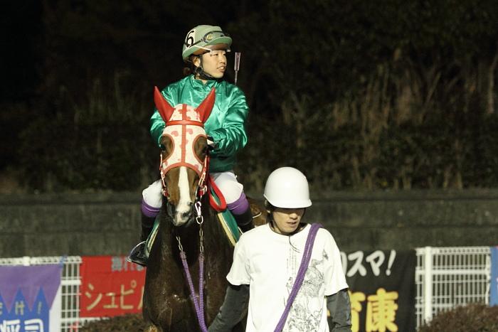 2011年2月5日(土) 高知競馬 6R チーム北海道協賛 がんばれ修次特別 C2ロ_a0077663_6544238.jpg