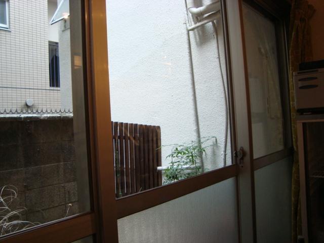 西荻窪「アパートメント食堂 なか川」へ行く。_f0232060_1523512.jpg