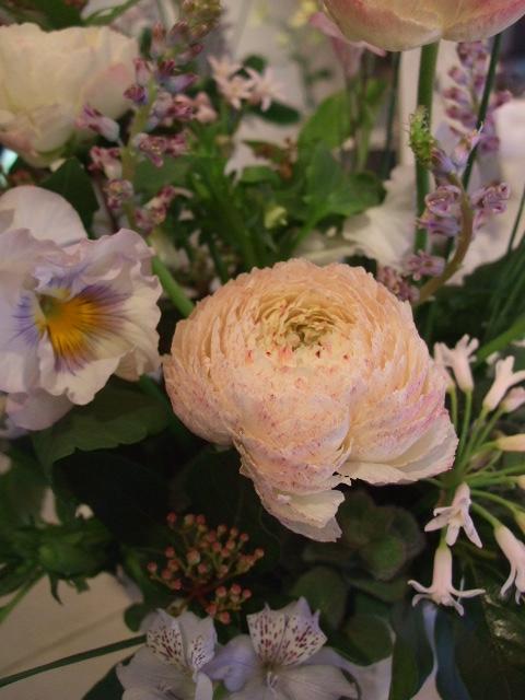 オークリーフ花の教室(落合さんの作品)_f0049672_18312123.jpg