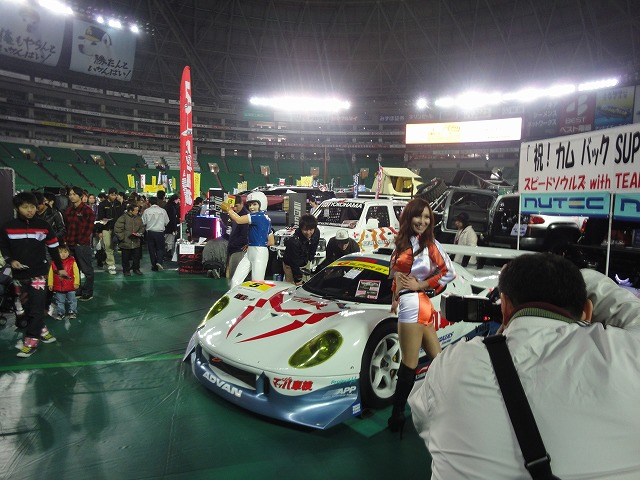 福岡CUSTOMCAR SHOW 2011 Part1_a0110720_185452100.jpg