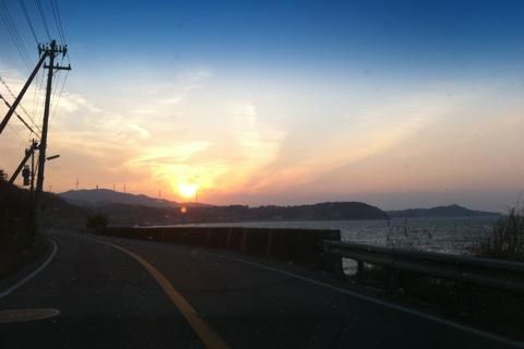 昨日の夕陽_d0189675_11424538.jpg