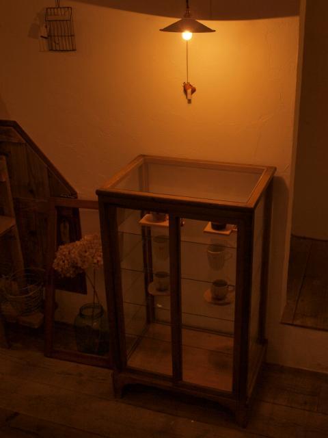 陶器の棚♪_b0205599_19402292.jpg