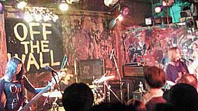 "noodles presents""OFF THE WALL in OSAKA""11.2.12_d0131511_291474.jpg"