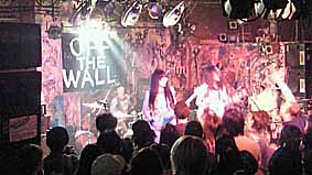 "noodles presents""OFF THE WALL in OSAKA""11.2.12_d0131511_292384.jpg"