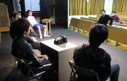 ■2010年度後期9回目・出張演出研・城北埼玉+川越高校演劇部_a0137817_82226.jpg