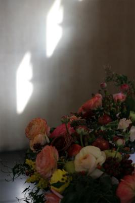 ミモザと実もの アンカシェット様の装花_a0042928_15444819.jpg