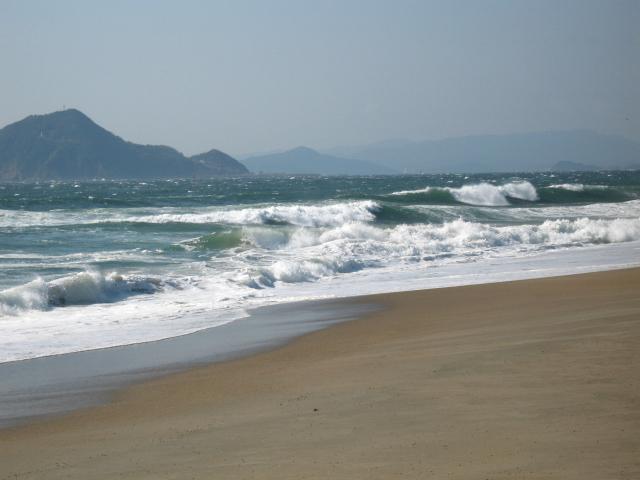 恋路が浜で・・・_a0160153_2345887.jpg