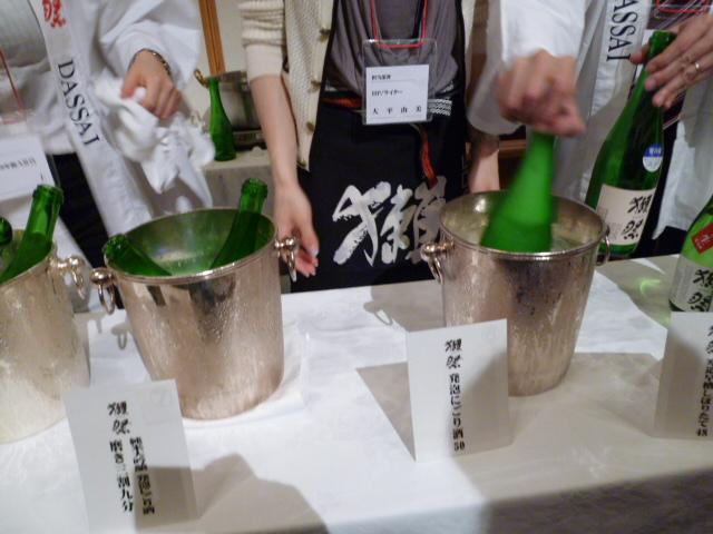 2011 かわうそ祭り 新酒の会 @都市センターホテル_c0100865_8311268.jpg