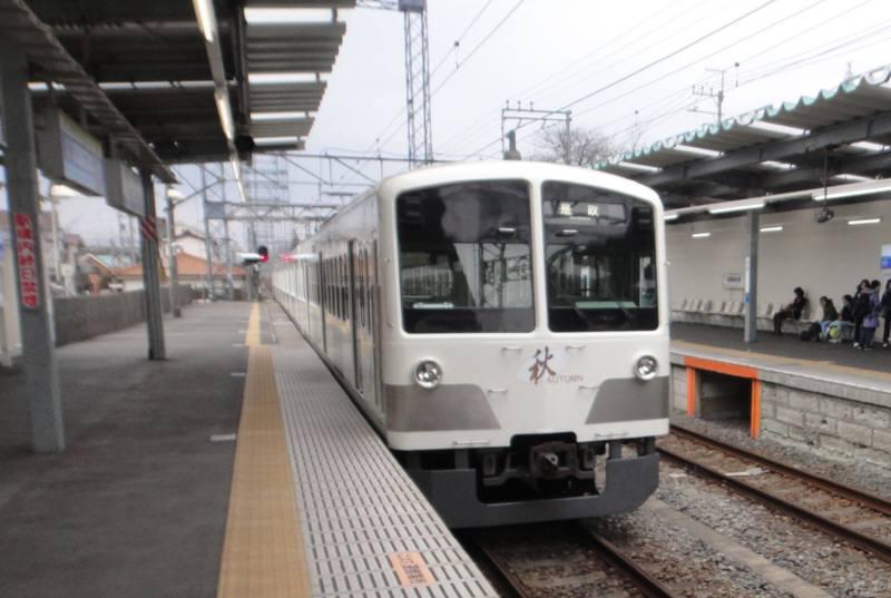 多摩湖線に白色の電車再び_f0059673_17181594.jpg