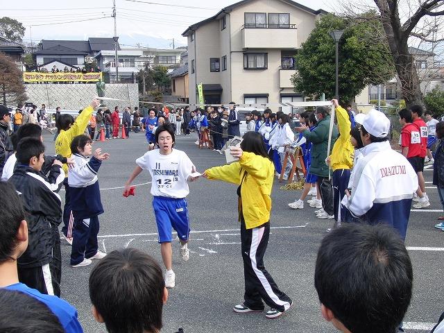 盛り上がった「今泉地区駅伝大会」_f0141310_7452447.jpg