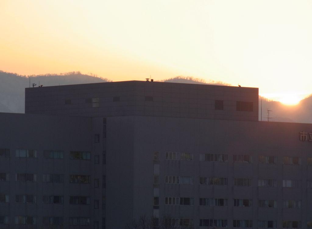 太陽はどんどん北へ_c0025115_20453485.jpg