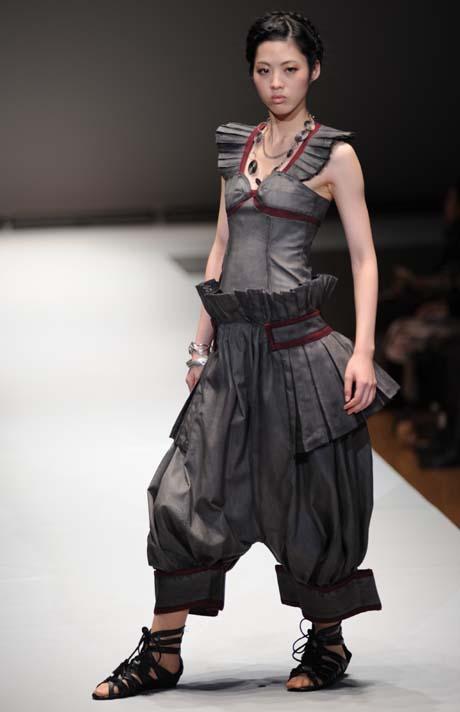 名古屋ファッション専門学校ファッションフェスティバル2012_b0110019_1381085.jpg