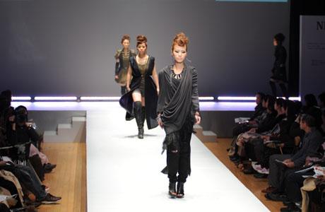名古屋ファッション専門学校ファッションフェスティバル2012_b0110019_1414244.jpg
