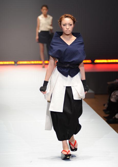 名古屋ファッション専門学校ファッションフェスティバル2012_b0110019_1422859.jpg