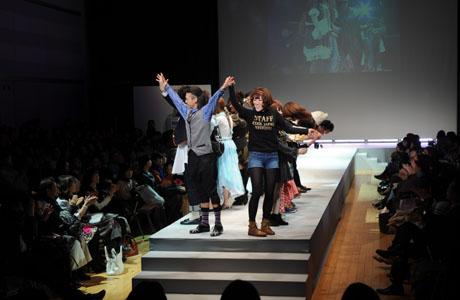 名古屋ファッション専門学校ファッションフェスティバル2012_b0110019_1424641.jpg