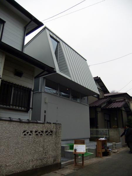 新築なのに懐かしい建物!_c0225122_10534113.jpg