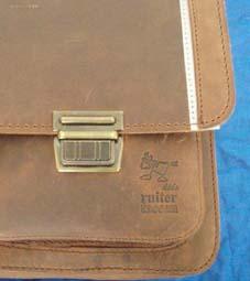 Classic school bag_d0219123_6131048.jpg