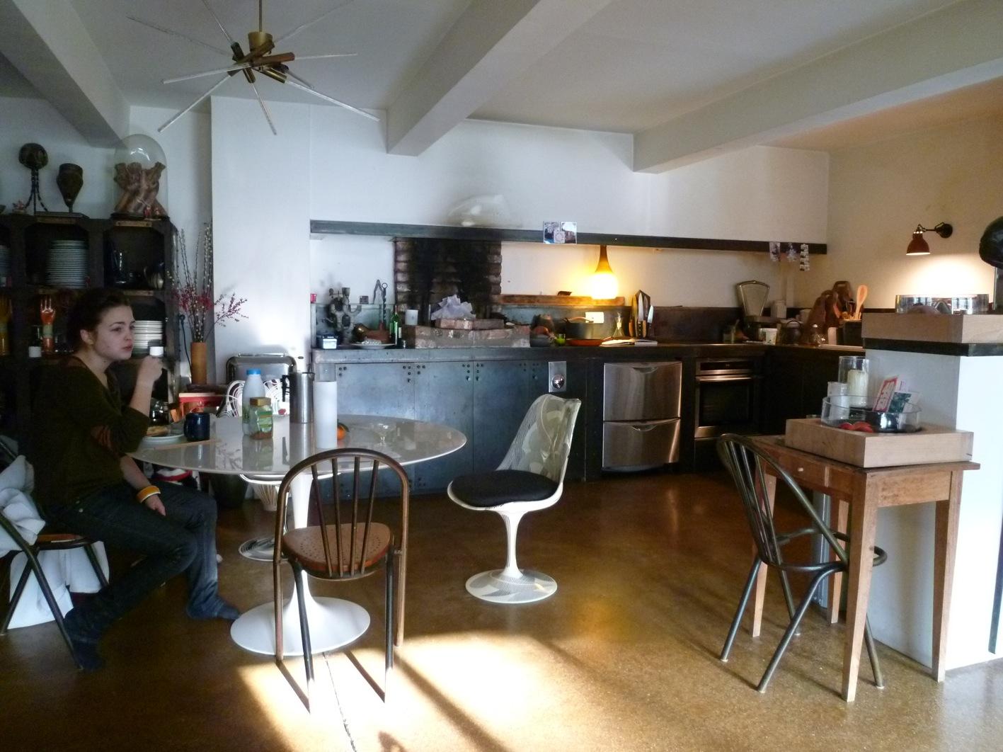 パリのキッチン_a0116902_15415414.jpg
