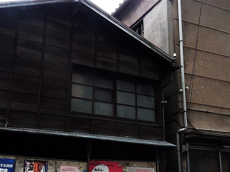 曇りガラス窓_c0156717_9534214.jpg