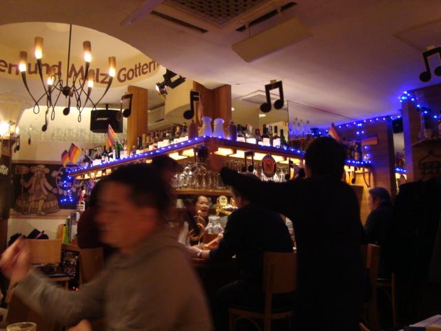 銀座「ドイツ居酒屋 ローレライ」へ行く。_f0232060_051057.jpg