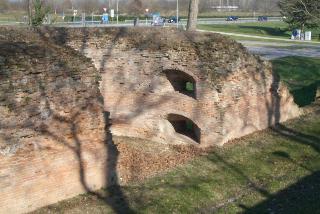 フェッラーラの城壁 : 北編_a0169172_145369.jpg