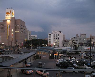 桜島の降灰で開店が遅れました。午後「書道教室」_e0130185_20171458.jpg