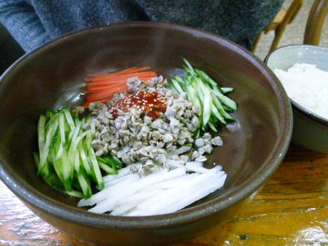 2011年2月釜山の旅 ⑦ソムジンガンのシジミ汁で朝ご飯_a0140305_036865.jpg