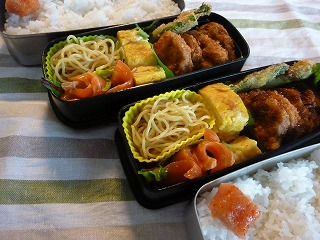 last lunch box    忘れちゃったスペシャル弁当!!_a0165160_18232516.jpg