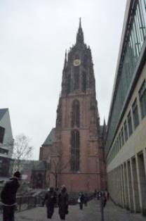 Frankfurt フランクフルトの教会_e0195766_6493623.jpg