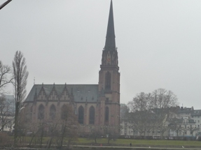 Frankfurt フランクフルトの教会_e0195766_652367.jpg