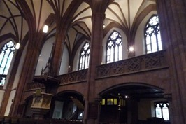 Frankfurt フランクフルトの教会_e0195766_6533815.jpg