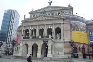 Frankfurt フランクフルトのホテル_e0195766_9241985.jpg