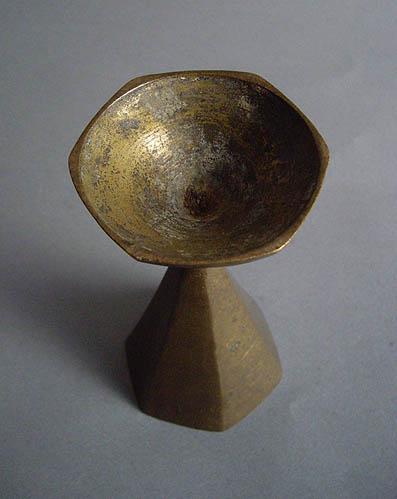 真鍮の器_e0111789_11145434.jpg