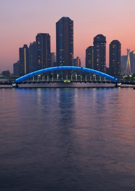 リバーシティ21と永代橋 1_f0018464_20351114.jpg