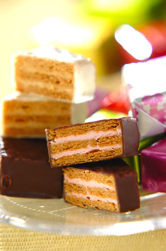 洋菓子フランセのミルフィユ_a0115906_15504144.jpg